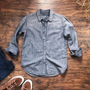 GAP • grey chambray boyfriend shirt buttondown